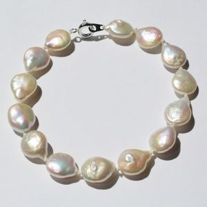 Hand Knotted Coin Pearl Bracelet Freshwater Pearls